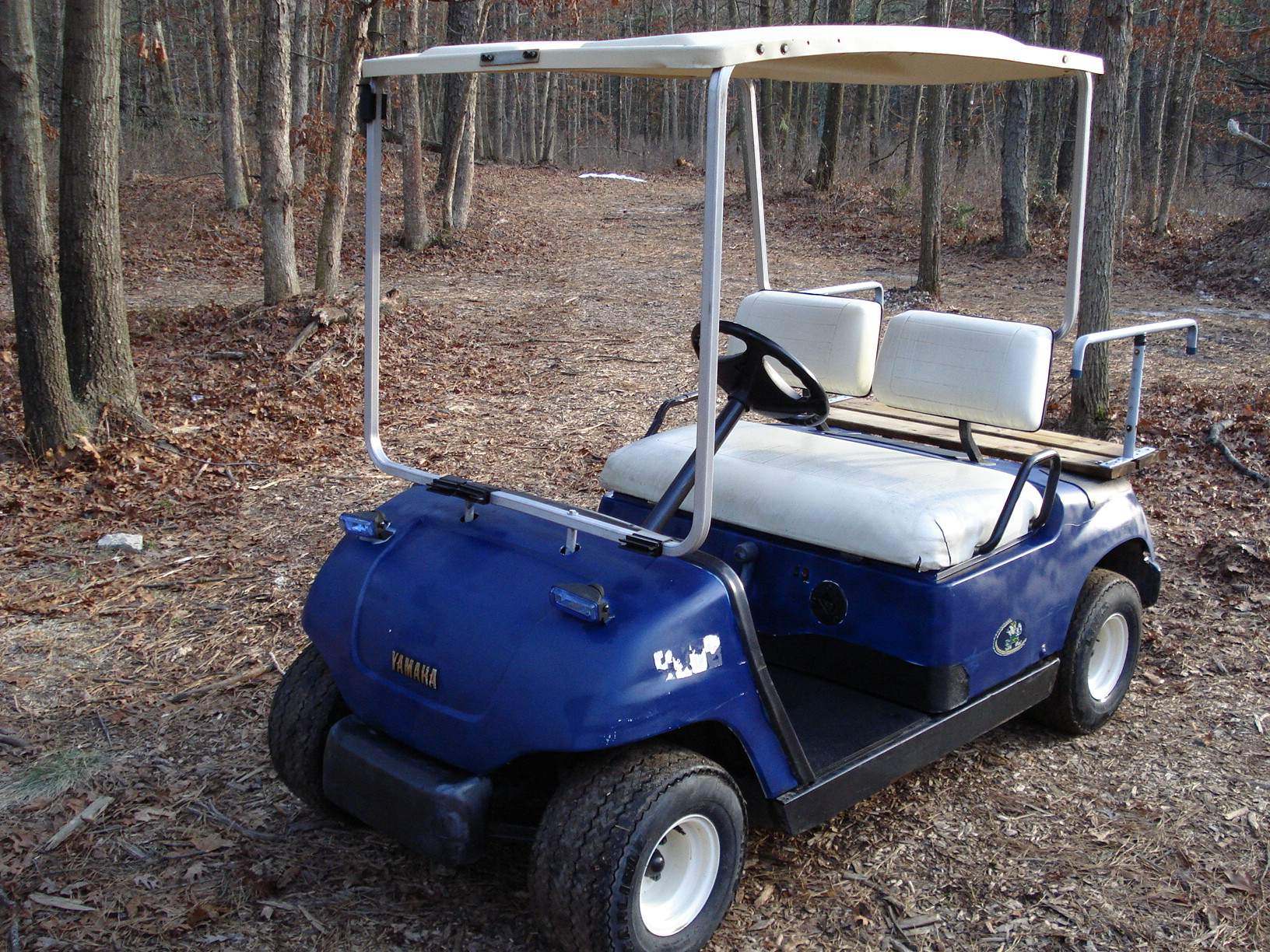Golfbeveragecart furthermore Club Car Golf Cart Precedent I2 Graphic Kit 2008 2013 389 additionally 2014 Ez Go Rxv Gunsmoke Grey Golf Cart 23 Pmh together with 1985 Yamaha Ytm225dxn 8872 besides 291793074933. on yamaha golf carts by year